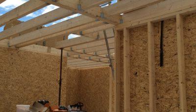 installation de la structure de la toiture d'une maison à ossature bois - Lobsann, Bas-Rhin, Alsace
