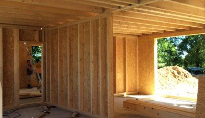 Intérieur d'un chantier d'une maison à ossature bois, Betschdorf, bas-rhin, alsace
